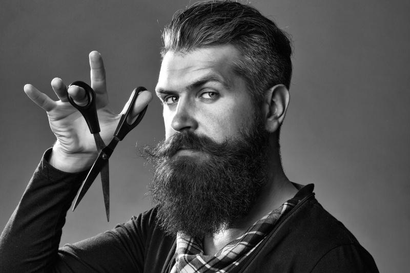 come accorciare la barba